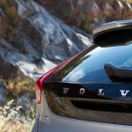 test_volvo_v40_d3_cross_country_18
