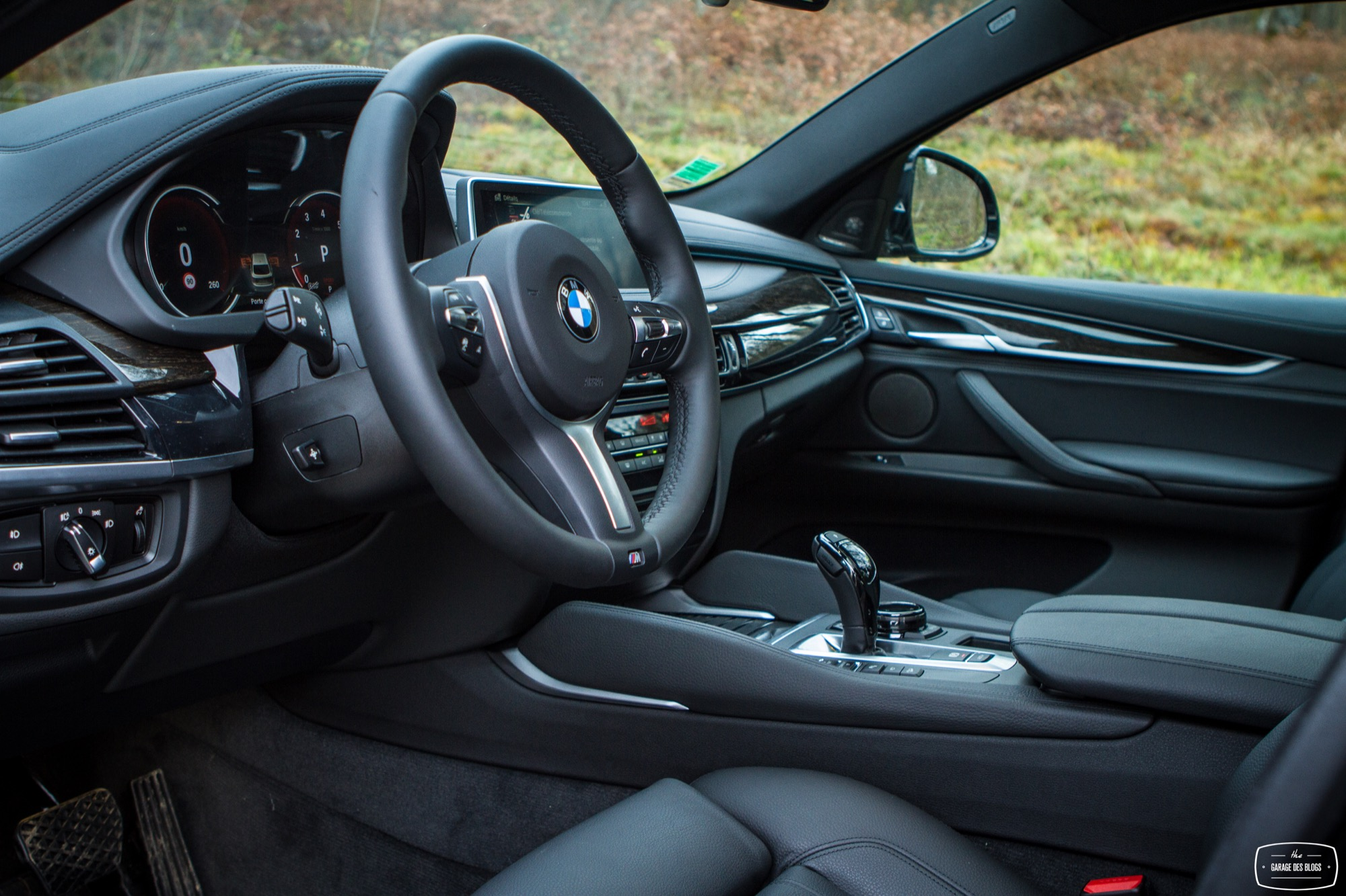 le bmw x6 xdrive50i photos et essai. Black Bedroom Furniture Sets. Home Design Ideas