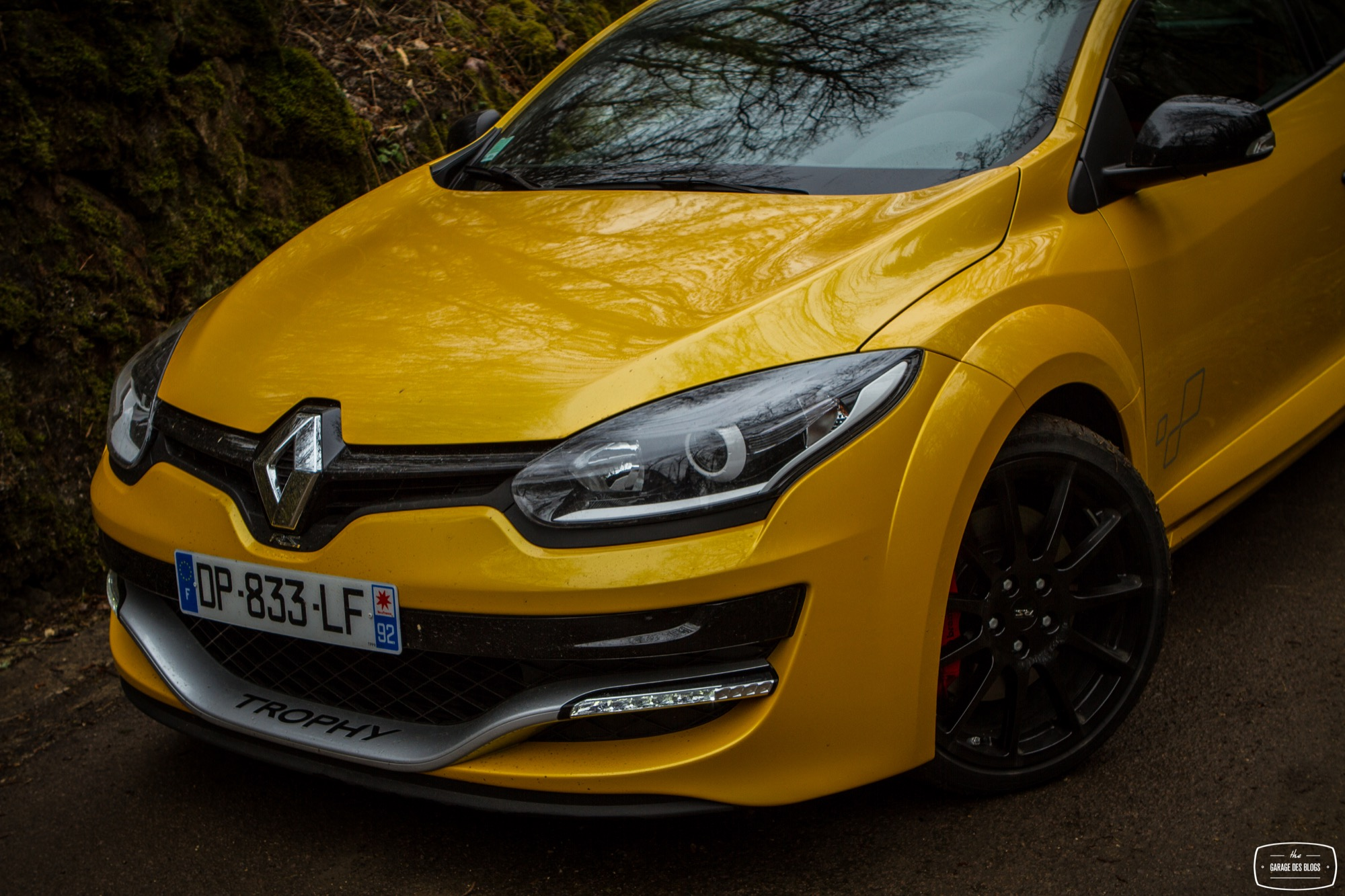 essai renault megane rs 275 trophy ohlins exterieur 28 le blog de viinz. Black Bedroom Furniture Sets. Home Design Ideas