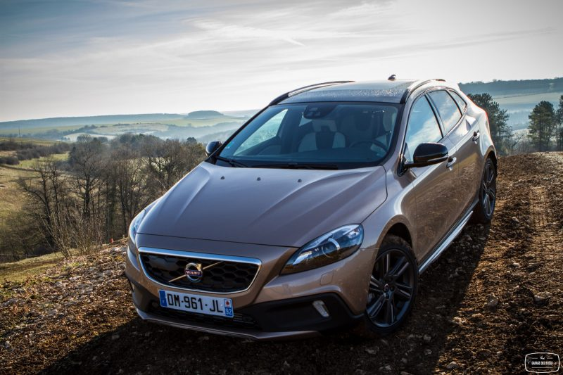 essai-volvo-v40-cross-country-t5-awd-exterieur-15