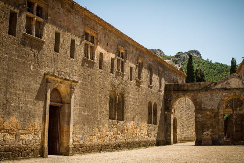 balade-abbaye-fontfroide-aude-corbieres-6