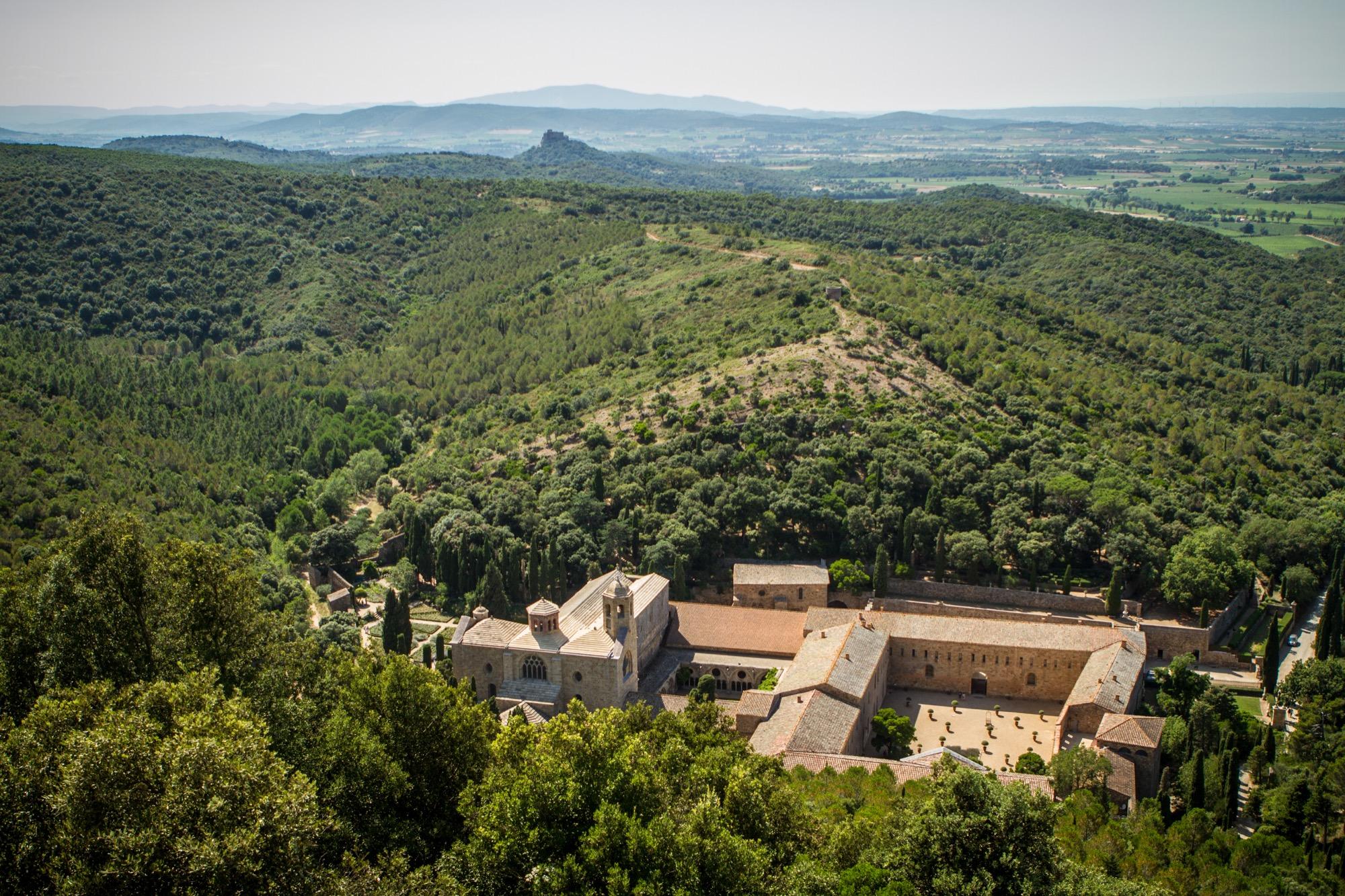 Visite De L Abbaye De Fontfroide Dans L Aude