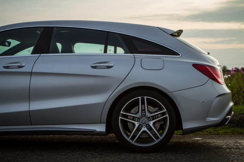 essai-mercedes-amg-cla-45-shooting-brake-exterieur-18