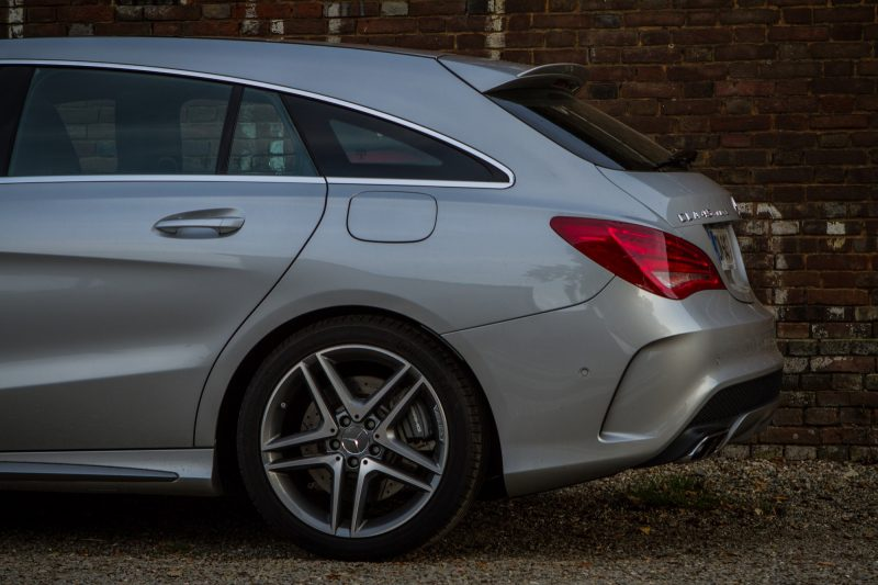 essai-mercedes-amg-cla-45-shooting-brake-exterieur-39
