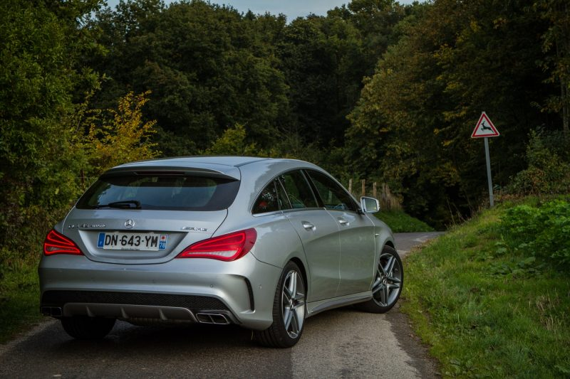 essai-mercedes-amg-cla-45-shooting-brake-exterieur-40