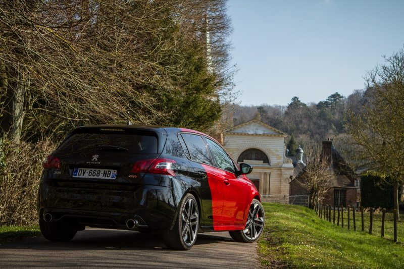la peugeot 308 gti pr par e par peugeot sport l 39 essai. Black Bedroom Furniture Sets. Home Design Ideas