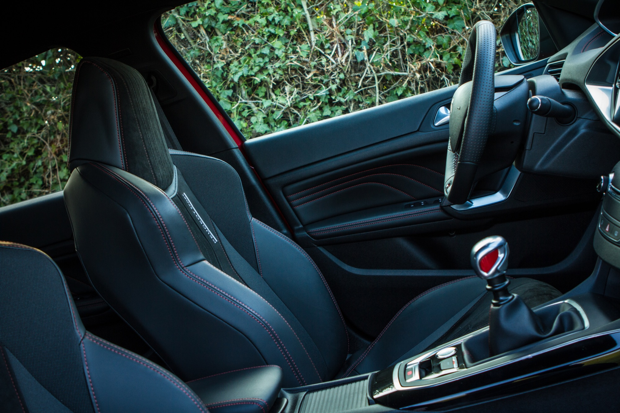 Essai peugeot 308 gti sport interieur 49 le blog de viinz for Interieur 308