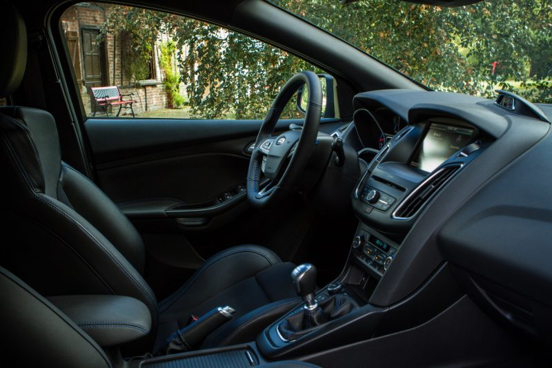 essai-ford-focus-rs-interieur-69