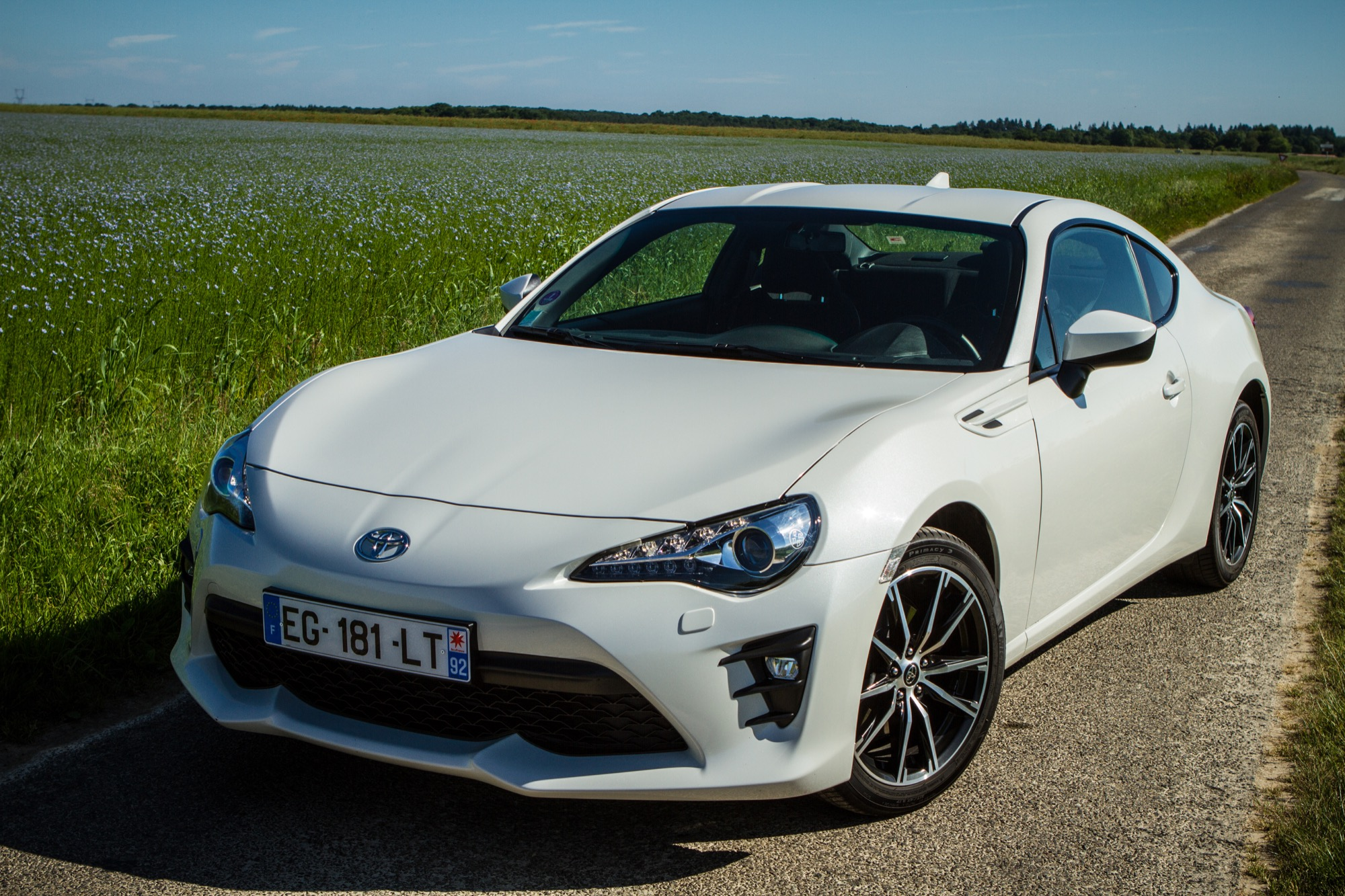 essai toyota gt86 exterieur 13 le blog de viinz. Black Bedroom Furniture Sets. Home Design Ideas