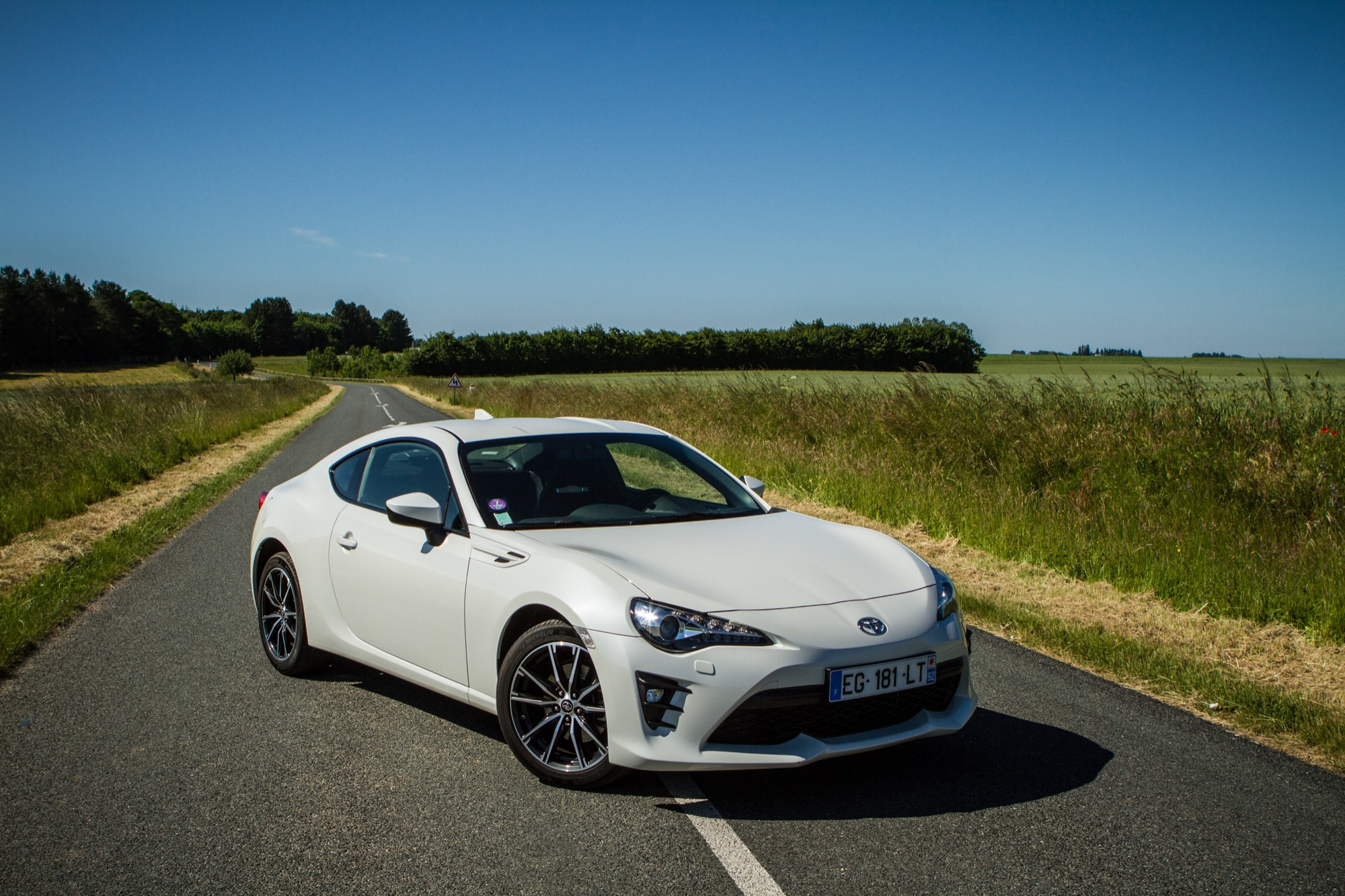 essai toyota gt86 exterieur 54 le blog de viinz. Black Bedroom Furniture Sets. Home Design Ideas