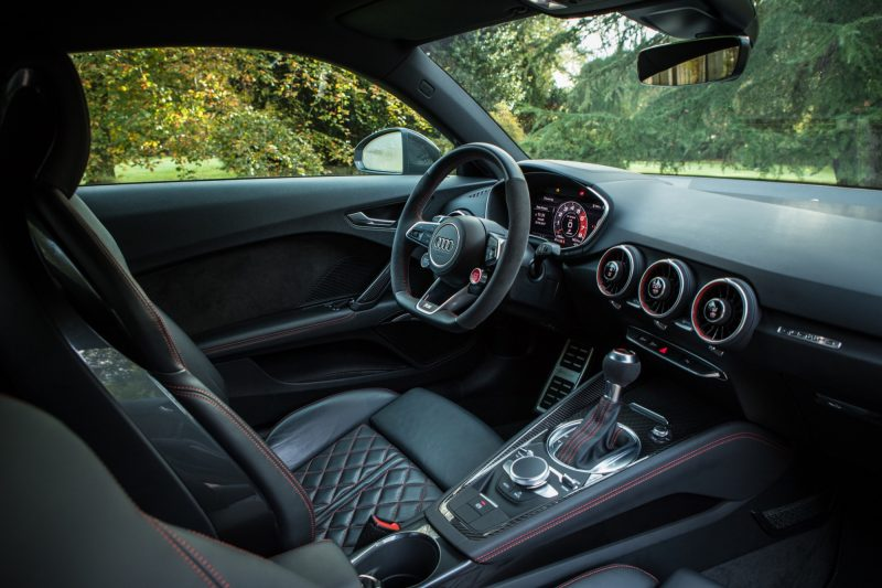essai-audi-tt-rs-coupe-2017-interieur-80
